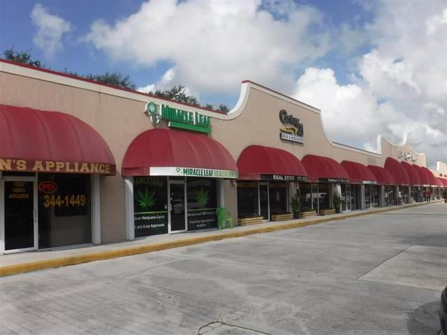1060 SW Bayshore Boulevard, Port Saint Lucie, FL 34983 (#RX-10742366) :: IvaniaHomes | Keller Williams Reserve Palm Beach
