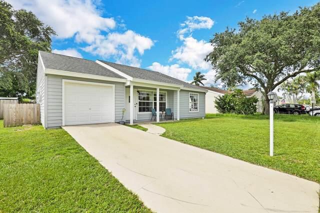 7803 Blairwood Circle N, Lake Worth, FL 33467 (#RX-10742426) :: Posh Properties