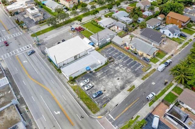 5501 Broadway, West Palm Beach, FL 33407 (#RX-10742567) :: Ryan Jennings Group