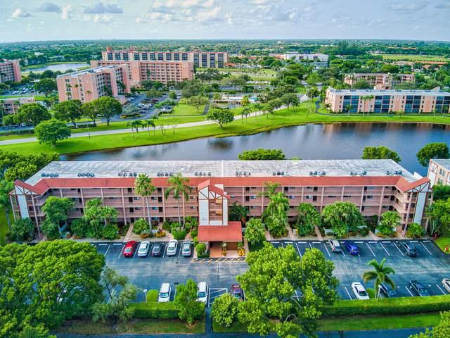 7320 Amberly Lane #402, Delray Beach, FL 33446 (#RX-10742657) :: IvaniaHomes | Keller Williams Reserve Palm Beach