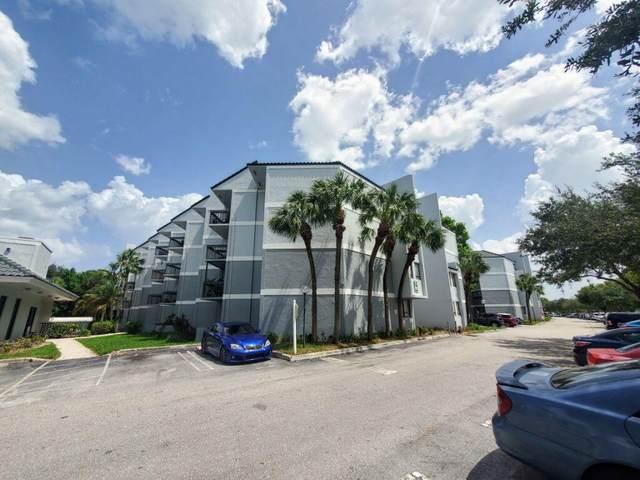 1850 N Congress Avenue #411, West Palm Beach, FL 33401 (#RX-10742849) :: The Power of 2 | Century 21 Tenace Realty