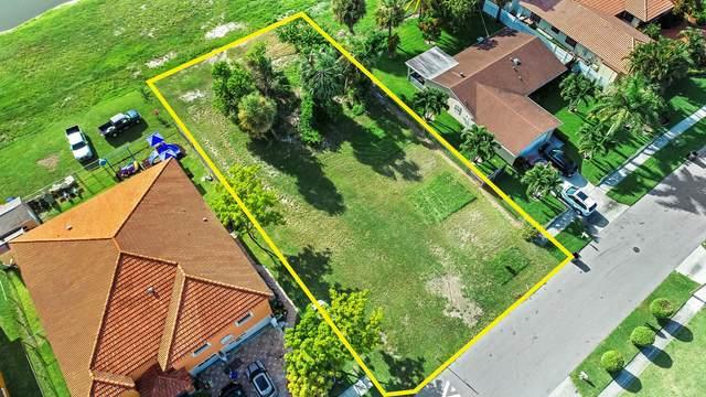 1491 N Mangonia Circle, West Palm Beach, FL 33401 (#RX-10742894) :: Posh Properties