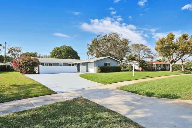 729 Lagoon Drive, North Palm Beach, FL 33408 (#RX-10743062) :: Michael Kaufman Real Estate
