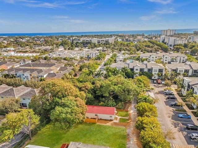 211 SE 12th Road, Delray Beach, FL 33483 (#RX-10743434) :: Michael Kaufman Real Estate