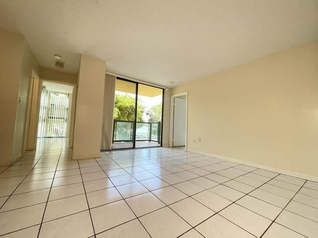 11800 SW 18th Street 302-4, Miami, FL 33175 (#RX-10743636) :: Ryan Jennings Group