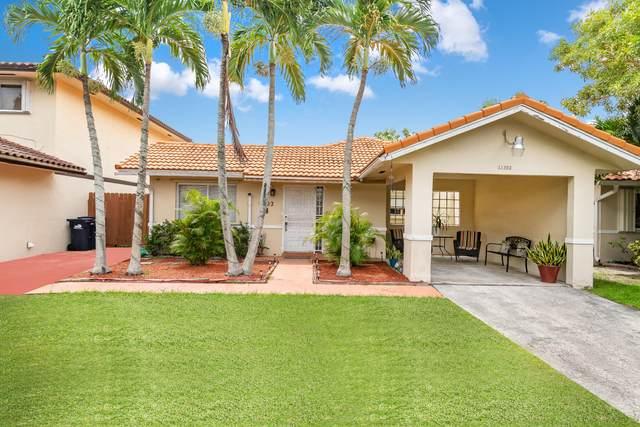 11302 SW 73rd Terrace, Miami, FL 33173 (#RX-10743884) :: The Rizzuto Woodman Team