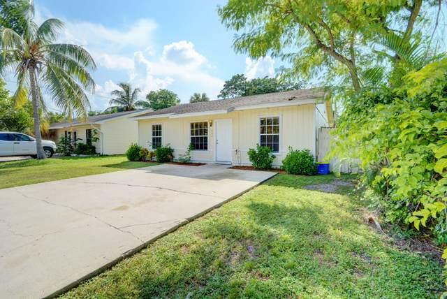 227 Caroline Drive, West Palm Beach, FL 33413 (#RX-10743891) :: Posh Properties