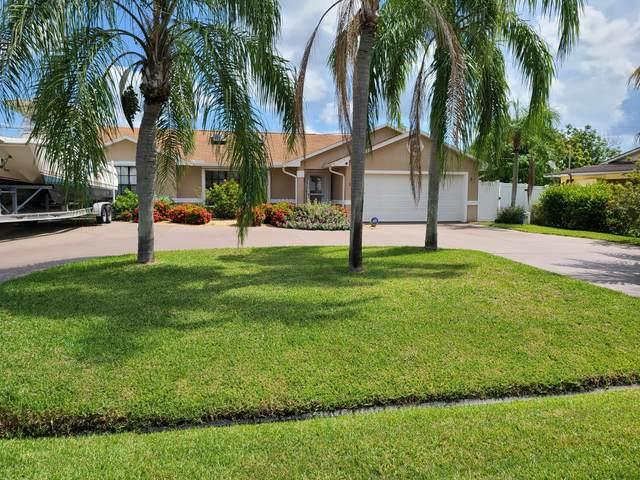 525 SE Floresta Drive, Port Saint Lucie, FL 34983 (MLS #RX-10743899) :: Castelli Real Estate Services