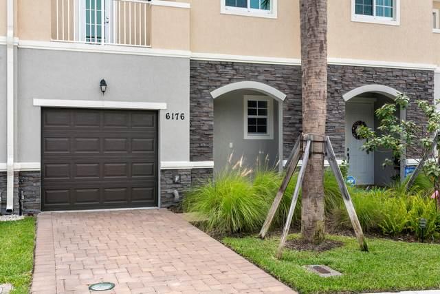 6176 SE Portofino Circle 3-303, Hobe Sound, FL 33455 (#RX-10744679) :: DO Homes Group