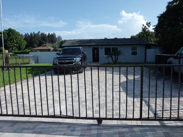 6418 Alexander Road, West Palm Beach, FL 33413 (#RX-10744765) :: IvaniaHomes | Keller Williams Reserve Palm Beach