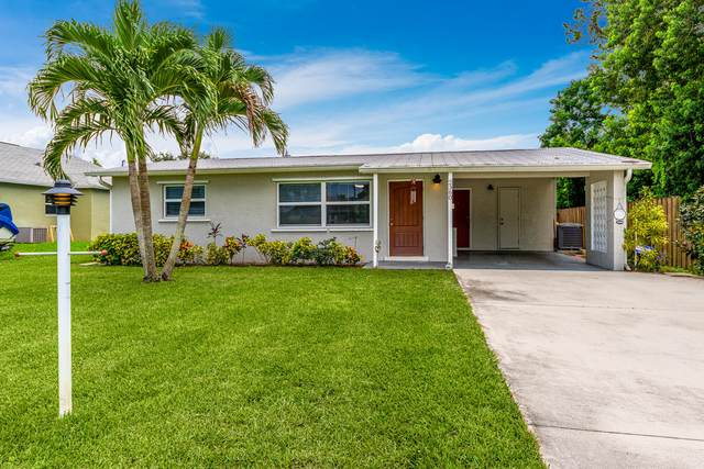 2360 SE Madison Street, Stuart, FL 34997 (MLS #RX-10745365) :: Berkshire Hathaway HomeServices EWM Realty