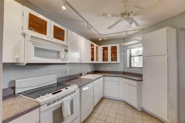 5700 Camino Del Sol #402, Boca Raton, FL 33433 (MLS #RX-10745714) :: Berkshire Hathaway HomeServices EWM Realty