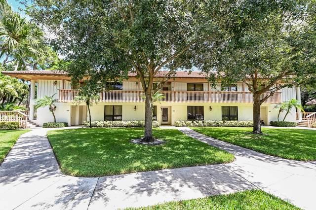 111 Brackenwood Road, Palm Beach Gardens, FL 33418 (#RX-10745871) :: Ryan Jennings Group