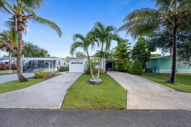 241 SE Paradise Place, Stuart, FL 34997 (MLS #RX-10745950) :: The Jack Coden Group