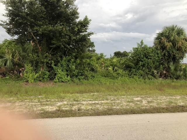 417 Mcarthur Boulevard, Lehigh Acres, FL 33974 (MLS #RX-10746343) :: Castelli Real Estate Services