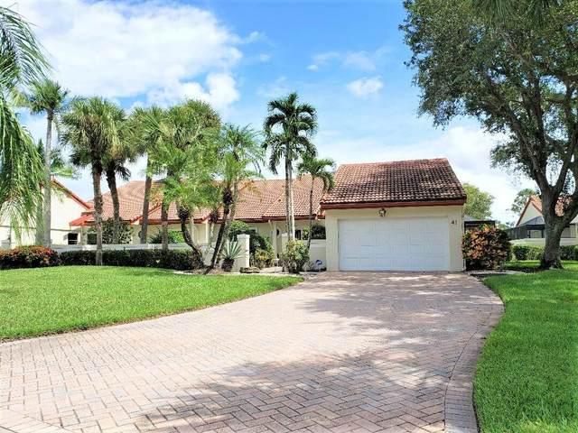 41 Windsor Lane, Boynton Beach, FL 33436 (#RX-10746744) :: Dalton Wade