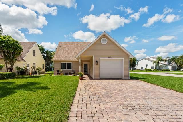 2850 Black Pine Court, Lake Worth, FL 33462 (#RX-10746838) :: Dalton Wade