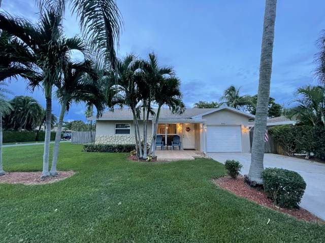 301 SE 34th Avenue, Boynton Beach, FL 33435 (#RX-10746839) :: Dalton Wade