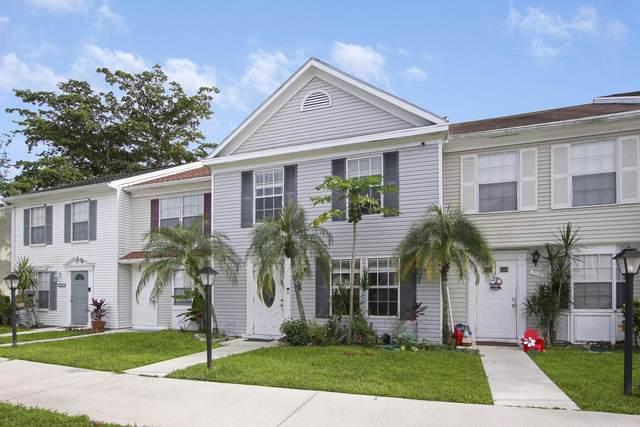 214 Old English Drive, Jupiter, FL 33458 (MLS #RX-10746979) :: The Paiz Group