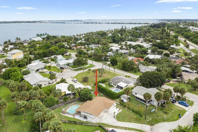 4645 NE Dudley Circle, Jensen Beach, FL 34957 (MLS #RX-10747225) :: THE BANNON GROUP at RE/MAX CONSULTANTS REALTY I