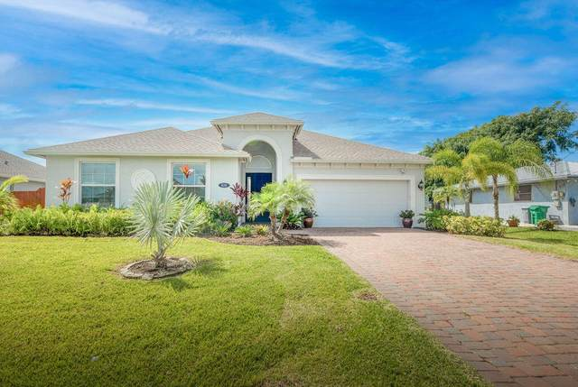 610 SW Jeanne Avenue, Port Saint Lucie, FL 34953 (MLS #RX-10747303) :: The Paiz Group