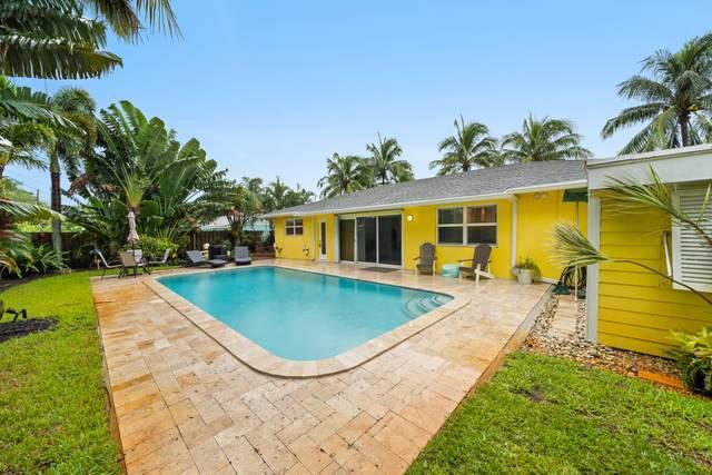 366 Oak Avenue, Tequesta, FL 33469 (#RX-10747430) :: DO Homes Group