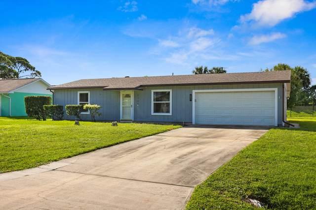 290 SE Grove Avenue, Port Saint Lucie, FL 34983 (MLS #RX-10747583) :: Castelli Real Estate Services