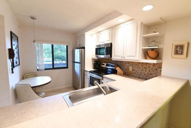 901 SW Seafarer Circle SW #202, Jupiter, FL 33477 (MLS #RX-10747593) :: Berkshire Hathaway HomeServices EWM Realty