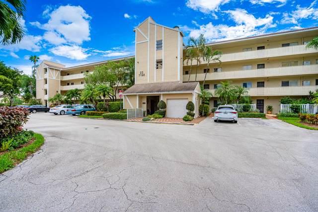 7192 Huntington Lane #202, Delray Beach, FL 33446 (MLS #RX-10747886) :: The DJ & Lindsey Team