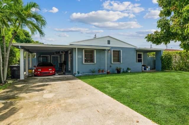 832 Fernwood Drive, West Palm Beach, FL 33405 (#RX-10747920) :: Posh Properties
