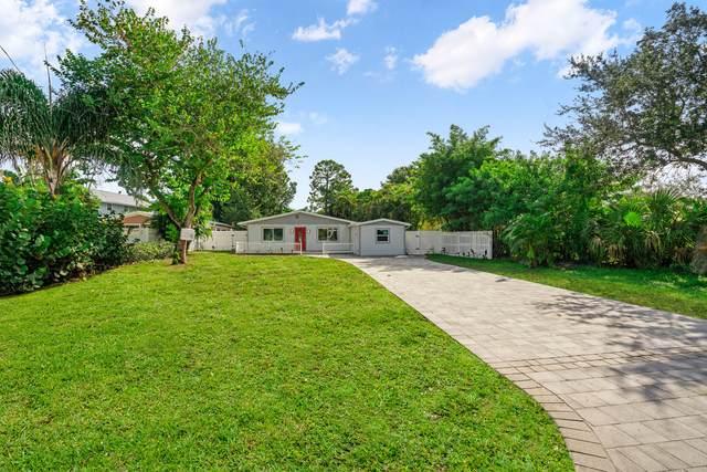 1467 SW Peninsula Lane, Palm City, FL 34990 (#RX-10747921) :: Baron Real Estate