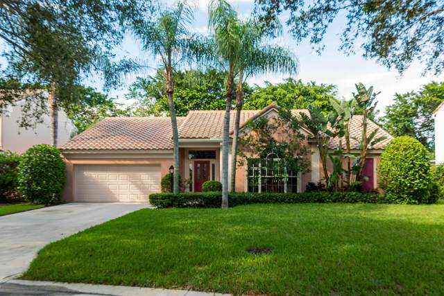 10246 Hunt Club Lane, Palm Beach Gardens, FL 33418 (#RX-10747973) :: The Rizzuto Woodman Team