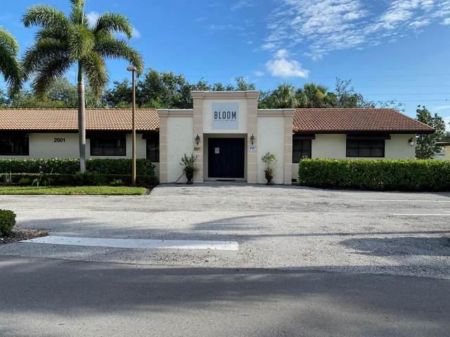 2001 Bomar Drive, Palm Beach Gardens, FL 33408 (MLS #RX-10747991) :: The DJ & Lindsey Team