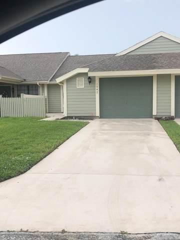 1542 SE Colchester Circle, Port Saint Lucie, FL 34952 (MLS #RX-10748180) :: Dalton Wade Real Estate Group