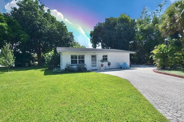 1406 SW Palm City Road, Stuart, FL 34994 (MLS #RX-10748249) :: Castelli Real Estate Services