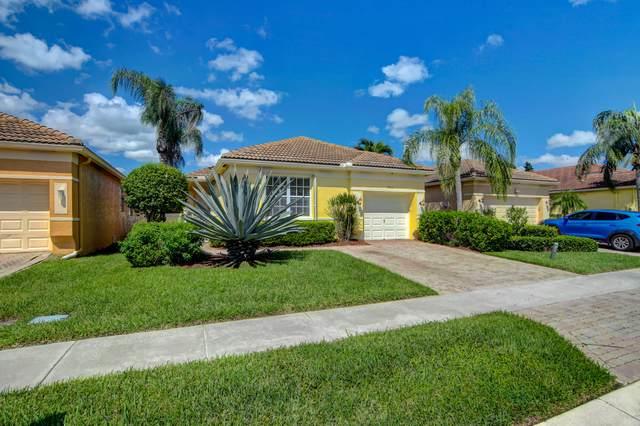 7033 Del Corso Lane, Delray Beach, FL 33446 (#RX-10748407) :: Heather Towe | Keller Williams Jupiter