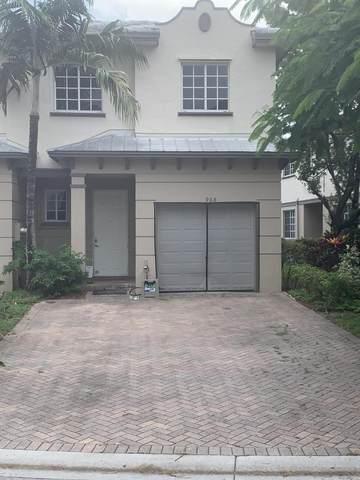 968 Abaco Lane, Riviera Beach, FL 33404 (MLS #RX-10748413) :: Castelli Real Estate Services