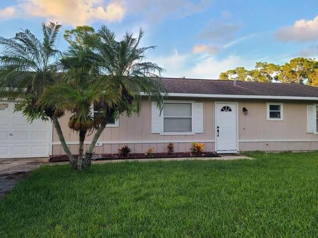 8208 Kenwood Road, Fort Pierce, FL 34951 (#RX-10748755) :: Michael Kaufman Real Estate