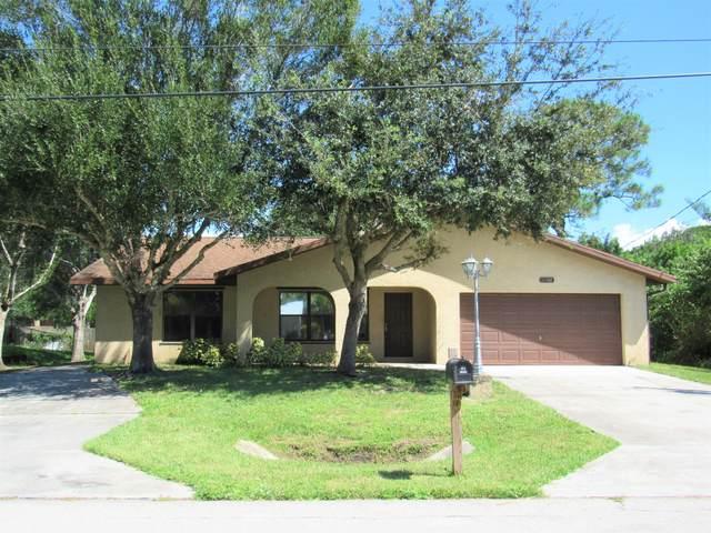 6104 Bamboo Drive, Fort Pierce, FL 34982 (#RX-10748790) :: The Reynolds Team | Compass