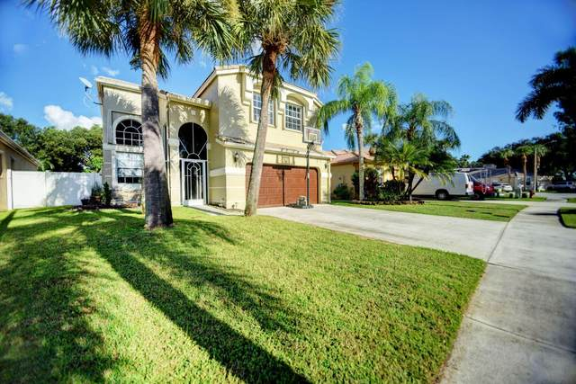 7439 Kingsley Court, Lake Worth, FL 33467 (#RX-10748962) :: Heather Towe | Keller Williams Jupiter