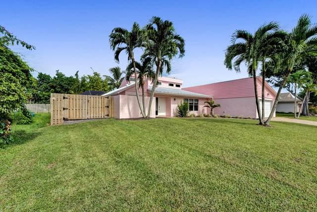 12185 Alder Lane, Wellington, FL 33414 (#RX-10749044) :: Heather Towe | Keller Williams Jupiter
