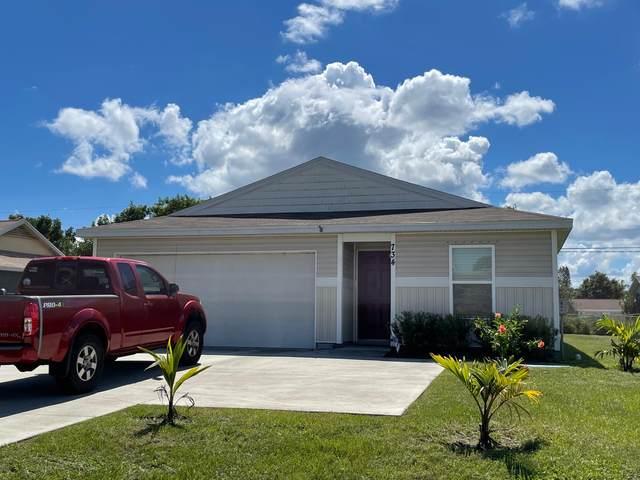 734 NW Airoso Boulevard, Port Saint Lucie, FL 34983 (#RX-10749130) :: Michael Kaufman Real Estate
