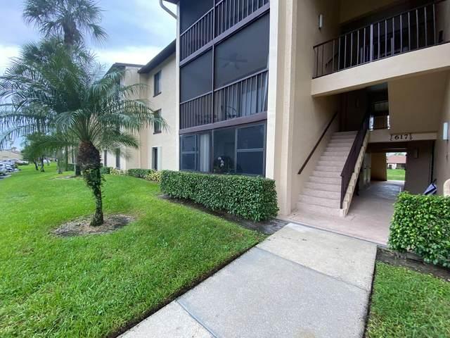 617 Sea Pine Way C1, Greenacres, FL 33415 (#RX-10749344) :: IvaniaHomes | Keller Williams Reserve Palm Beach