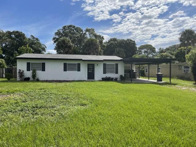 2004 S 30th Street, Fort Pierce, FL 34947 (MLS #RX-10749380) :: Castelli Real Estate Services