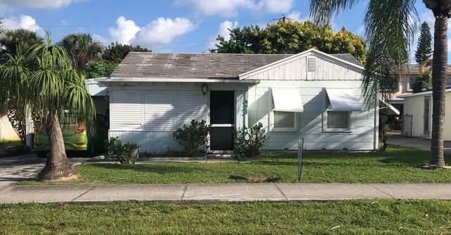 423 W Ocean Avenue, Lantana, FL 33462 (#RX-10749397) :: Posh Properties