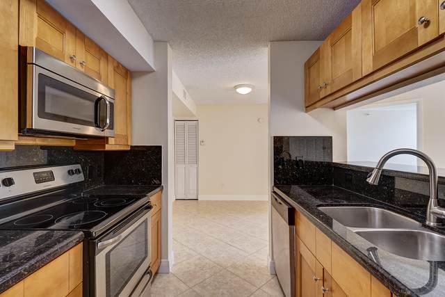 103 Yacht Club Way #106, Hypoluxo, FL 33462 (#RX-10749418) :: Posh Properties
