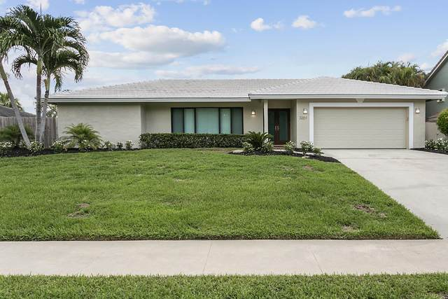 3201 Lakeview Drive, Delray Beach, FL 33445 (MLS #RX-10749501) :: Castelli Real Estate Services