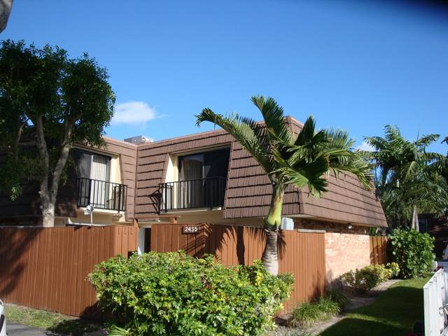 2435 Moreland Place, Lake Worth, FL 33461 (#RX-10749900) :: Baron Real Estate