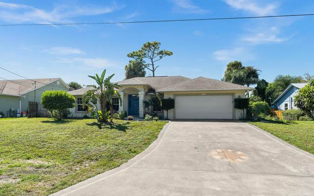 716 SE Hibiscus Avenue, Stuart, FL 34996 (#RX-10749973) :: Baron Real Estate