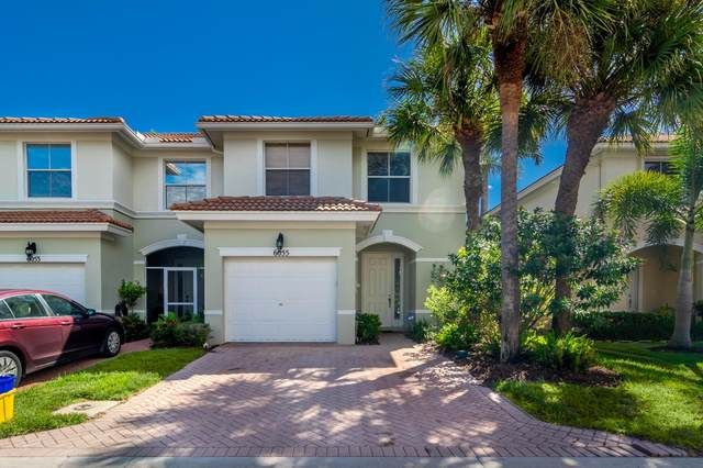 6055 Seminole Gardens Circle, Riviera Beach, FL 33418 (#RX-10750115) :: Heather Towe | Keller Williams Jupiter